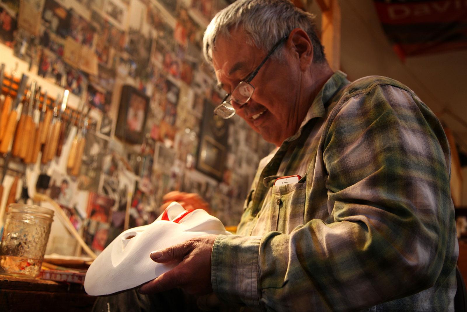 Haida master carver Reg Davidson