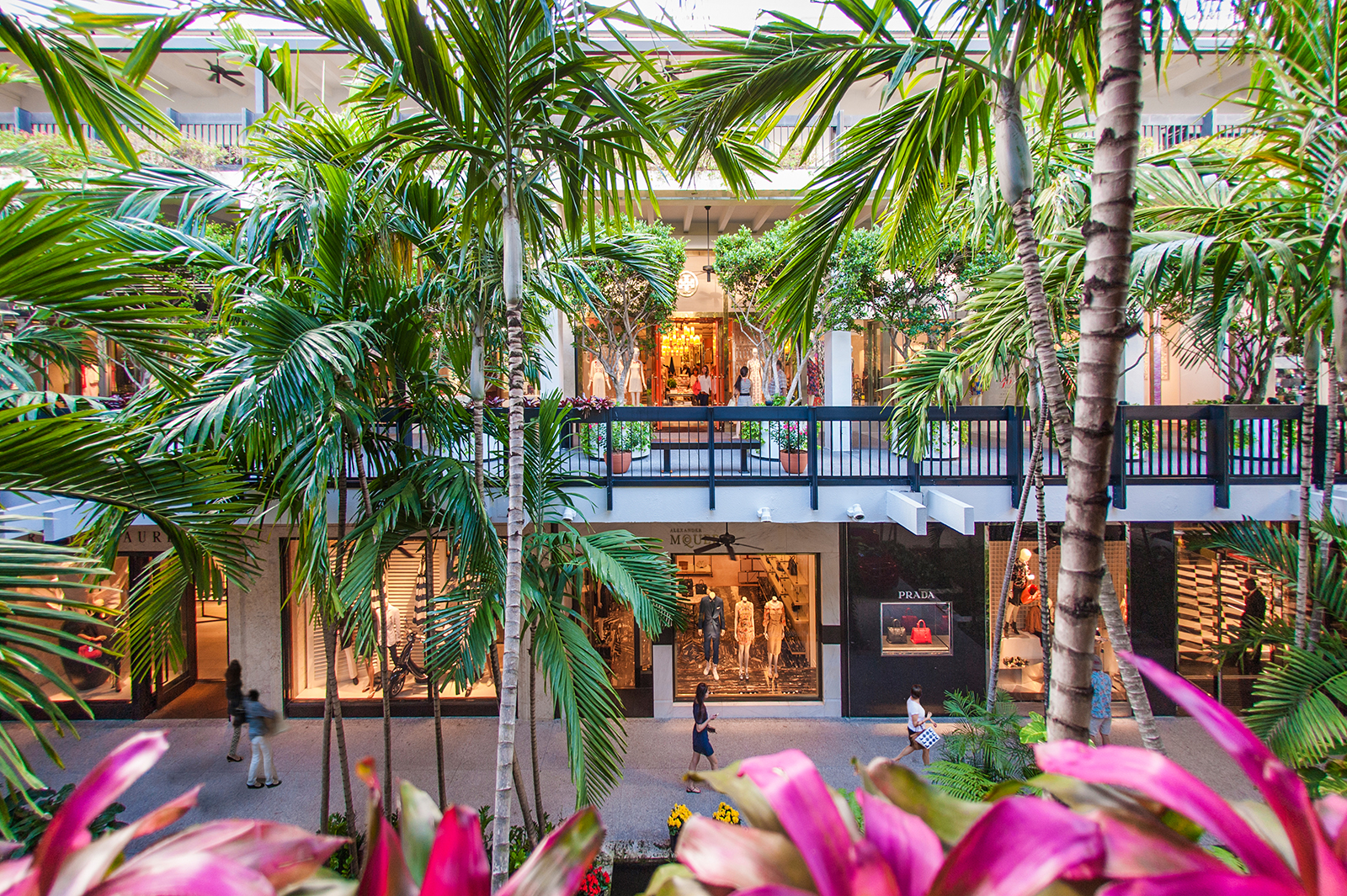 Bal Harbour Shops, Miami luxury shopping mall