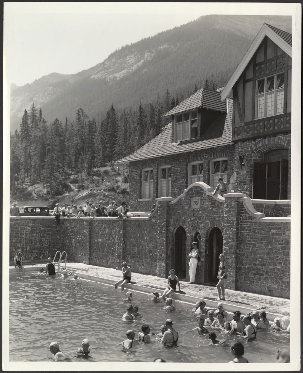 And so they did with many drawn by the banff springs hotel which opened on june 1 1888 this photo shows the hotel as it appeared circa 1920