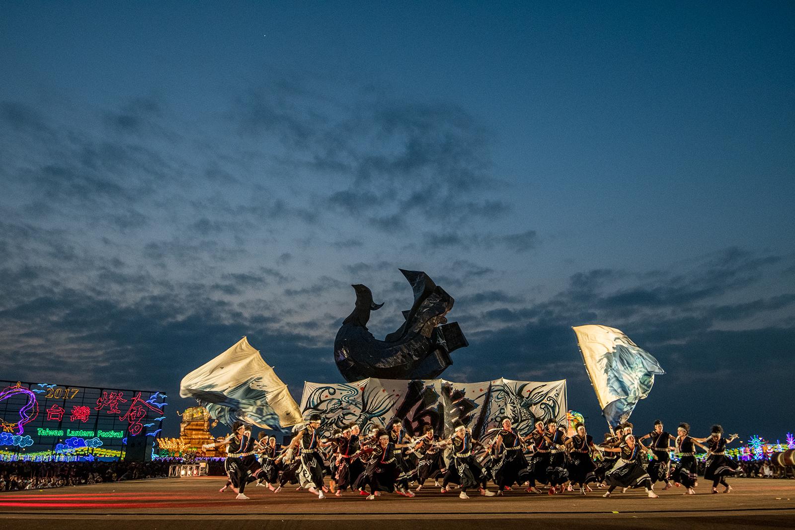 Taiwan Lantern Festival by Neil Ever Osborne