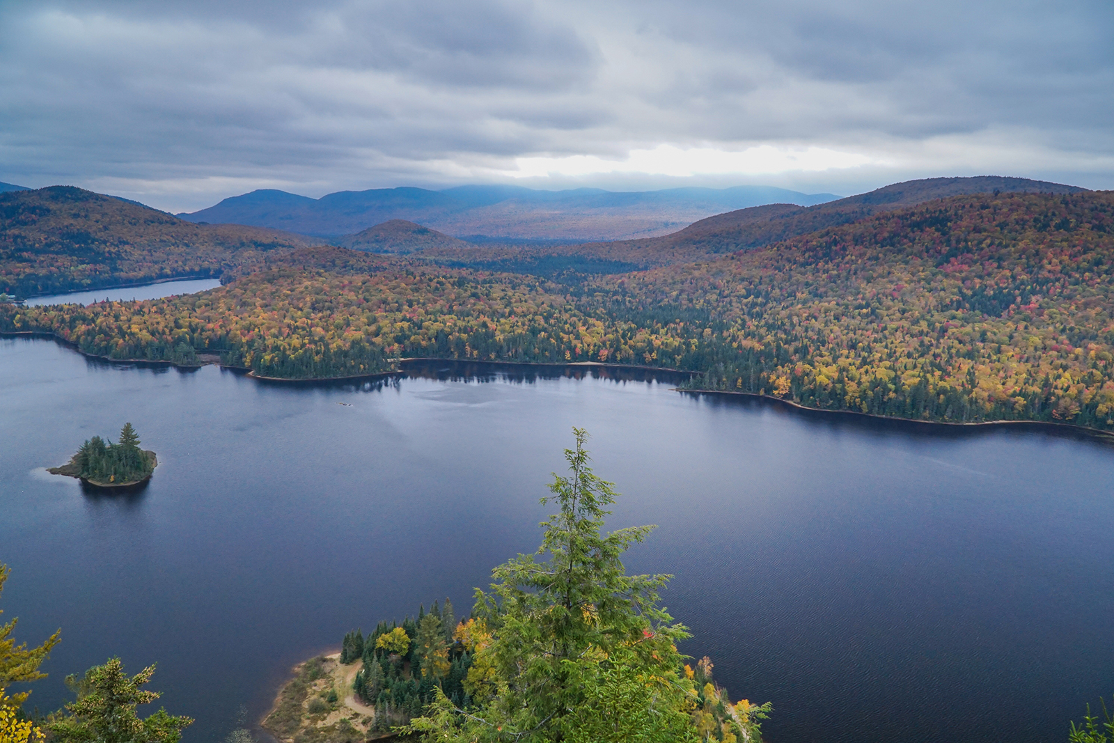 Mont-Tremblant aerial view fall foliage