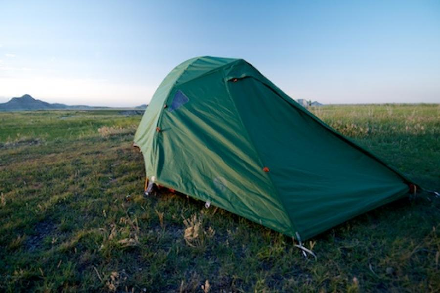 Waiting for the sun to set on the great plains. Toadstool Geologic park Oglala National Grassland Nebraska. : mountain hardwear lightwedge 2 dp tent - memphite.com