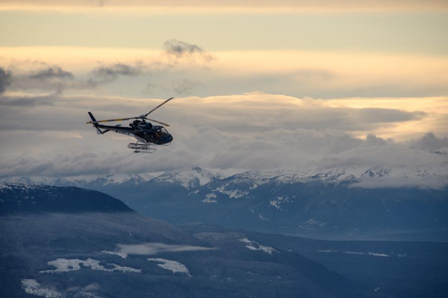 Skeena Heliskiing chopper