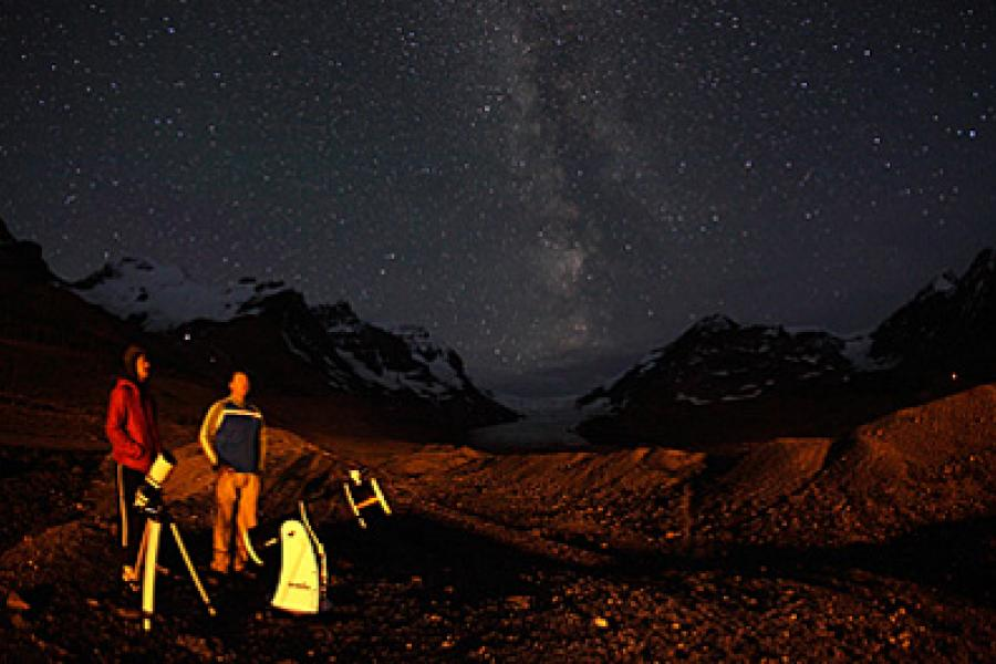 Jasper National Park has some of the most spectacular scenery in the world. When darkness descends, it gets even better.  (Photo: Yuichi Takasaka