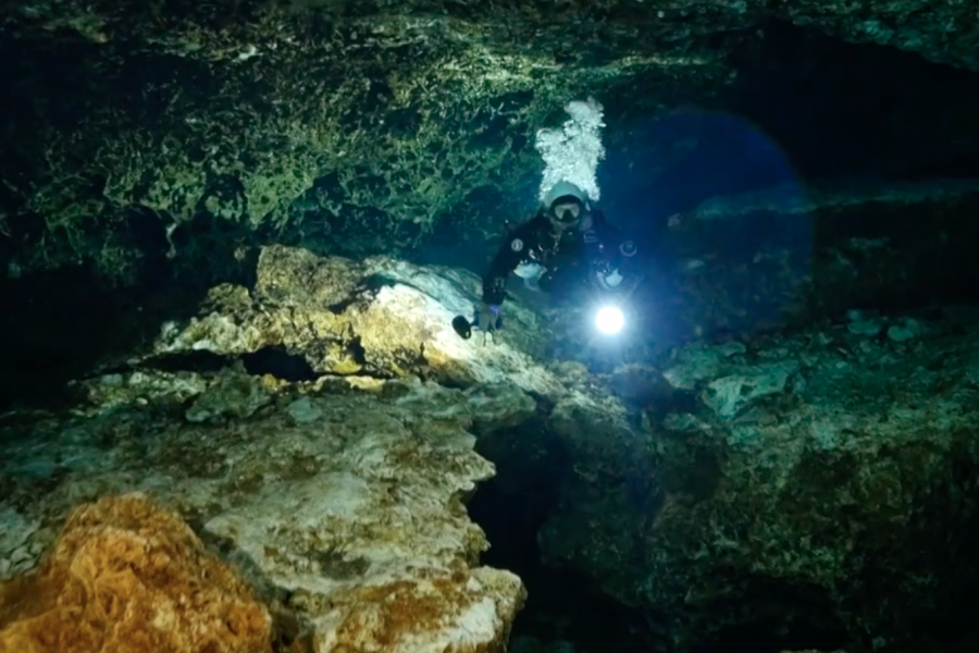 Jill Heinerth cave diving