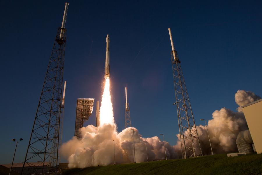 The United Launch Alliance Atlas V rocket carrying NASA's OSIRIS-REx spacecraft lifts off