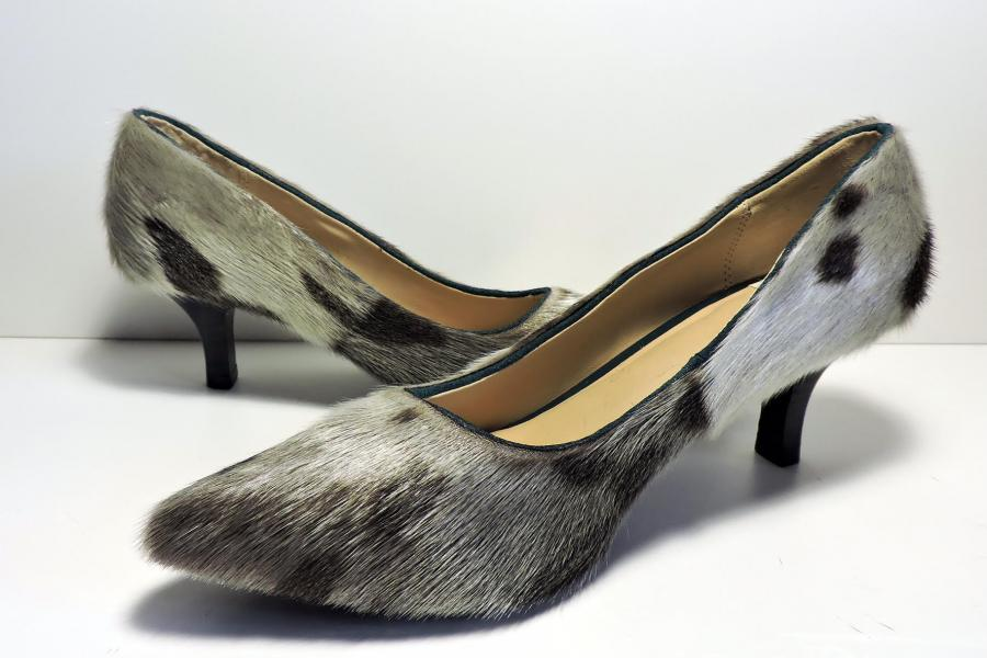 sealskin heel fashion Inuit