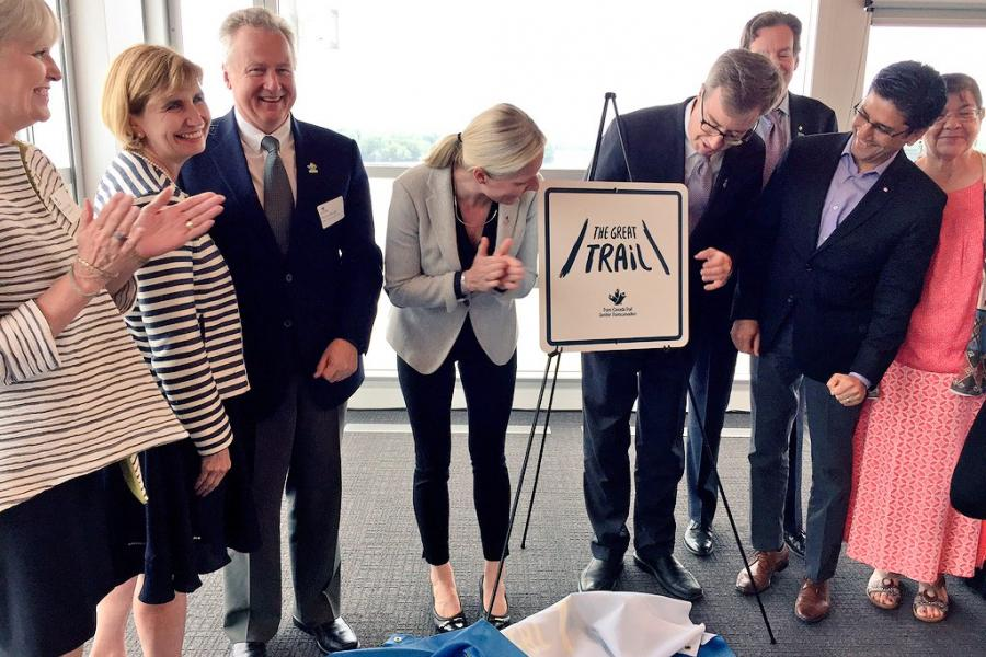 dignitaries unveil new wayfinding signage for the great trail at 50 Sussex