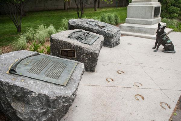 photo essay first world war sites in ottawa canadian geographic animals in war dedication