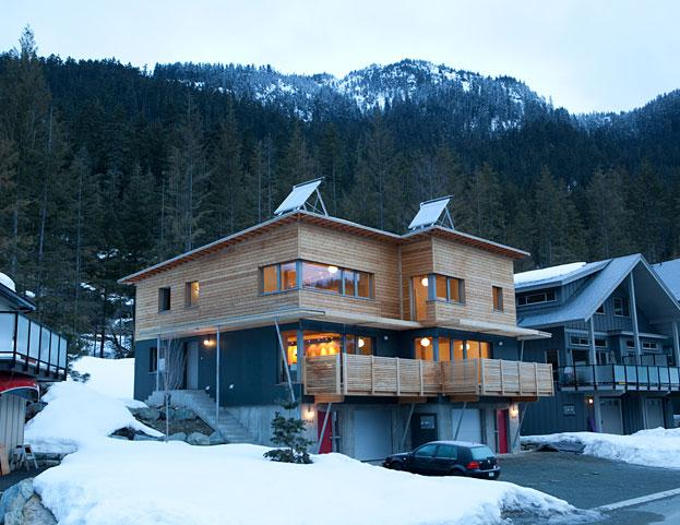 High performance homes canadian geographic Canada house