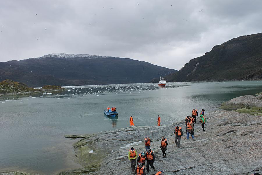 Cruise passengers go ashore in Chile
