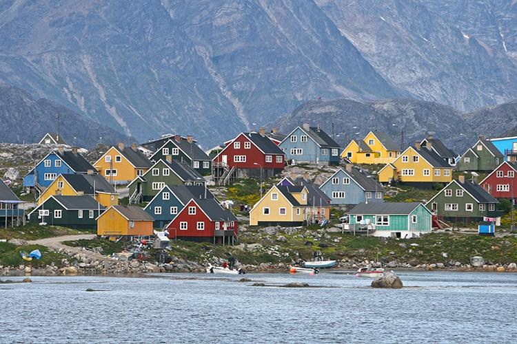 Houses in Greenland (Photo: Courtesy of James Raffan)