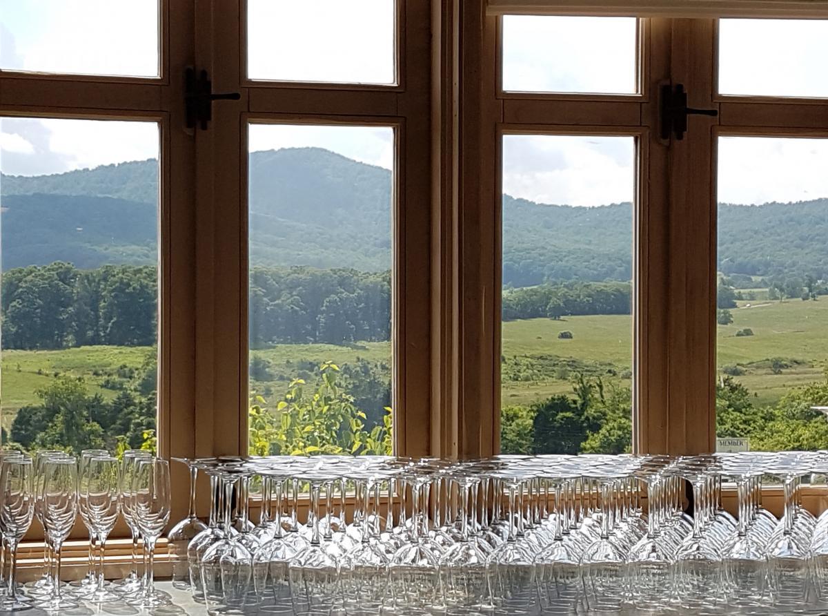 wine glass, wine, Shenandoah valley, mountains, Virginia, winery, vineyard