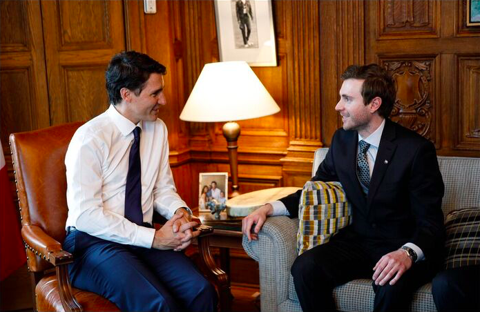 Prime Minister Justin Trudeau talks with RCGS Explorer-in-Residence Adam Shoalts