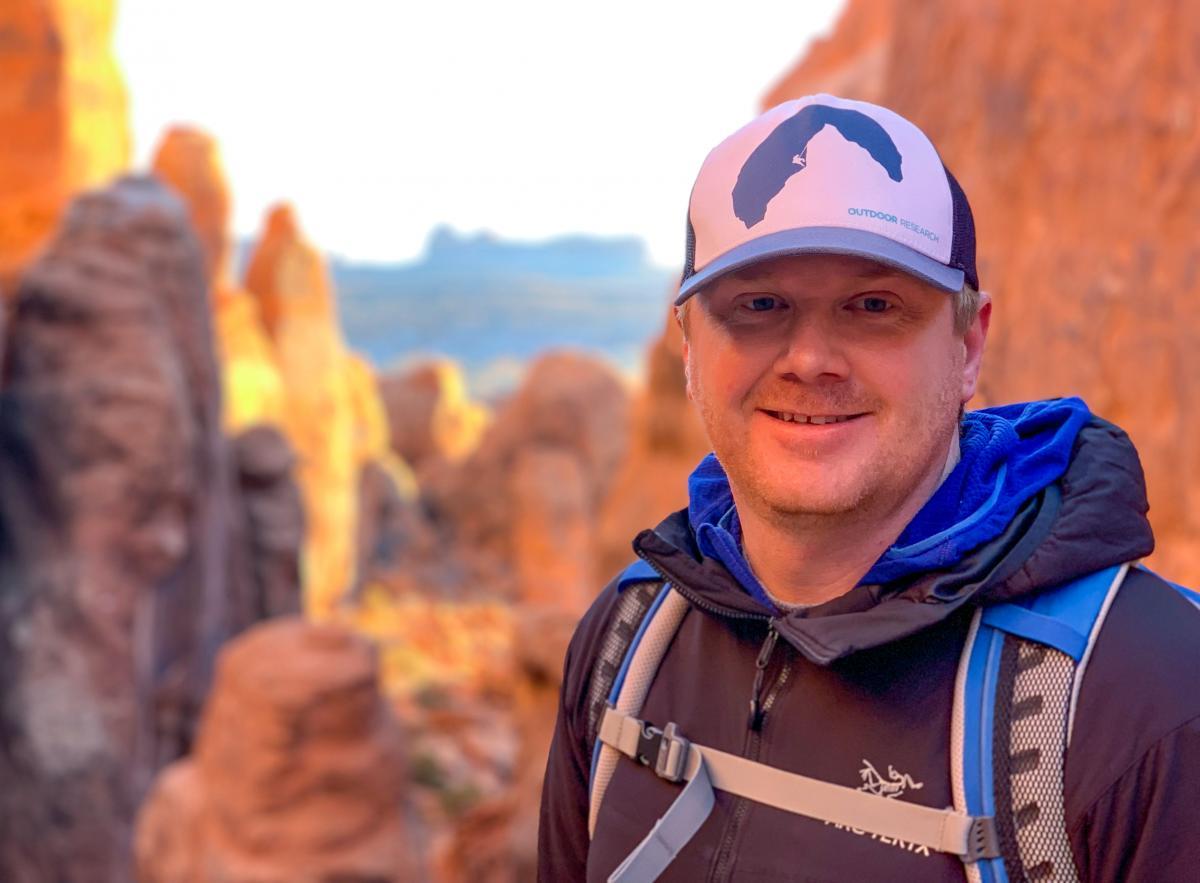 Alberta outdoor education teacher teaches leadership skills in nature