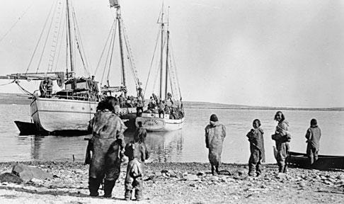 CAE ships anchored at Bernard Harbour, Nunavut, in 1914